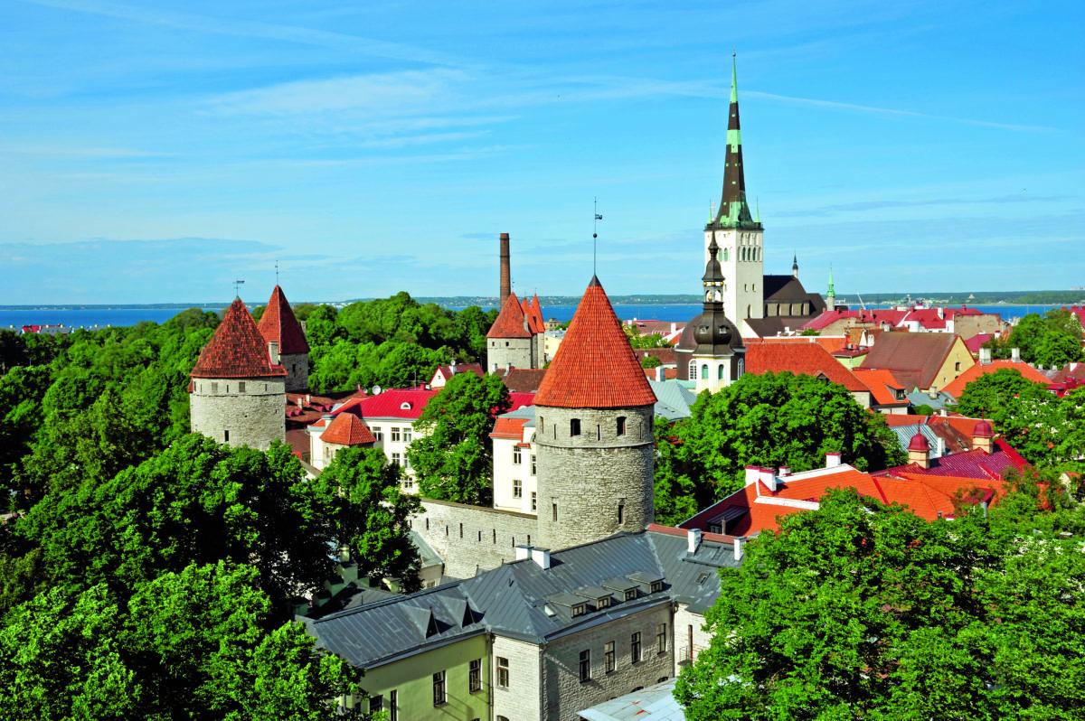Tallinn bei Sonnenschein
